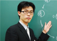 江見 貴之<br>小6甲陽学院コース 理科責任者